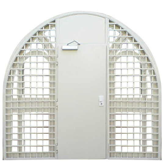Cold intrusion with arched grille